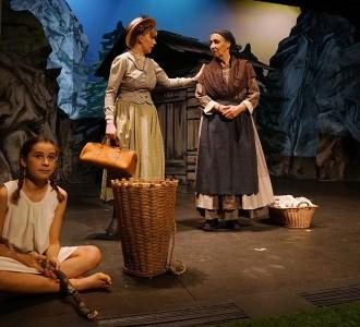 007_Theater_Buochs_Heidi_DSC00012.JPG